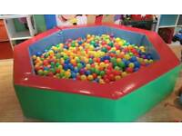 Soft play ball pit (commercial grade)