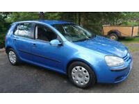 Volkswagen. Golf 1.6 FSI 5door blue
