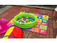 Baby / Toddler SOFT PLAY bundle! FOAM MATS and 100+ BALL PIT BALLS