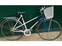 54cm Raleigh Classic Vintage LADIES Mixte French Touring BIKE Good CONDITION Town Bicycle