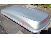 ROOF BOX – MONT BLANC 540 – Complete with Roof load bars