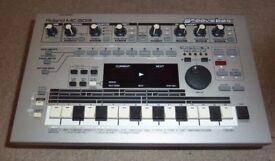 Roland MC 303 Groovebox
