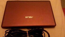 ASUS laptop model EE Pc 1201HA