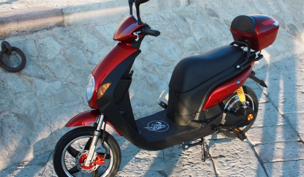 ELECTRIC BICYCLE NO INSURANCE NO DRIVE LICENSE DUCABIKE POWERED BY BOSCH LITHIUM BATTERY 20AH , KM 0