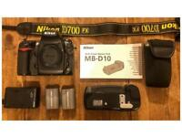 Nikon D700 with MB-D10 Battery Pack - shutter count 16112
