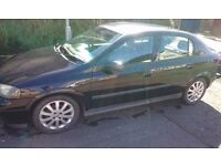 BLACK VAUXHALL ASTRA 1.6 FOR SALE