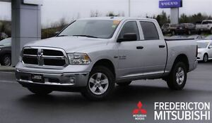 2016 Ram 1500 SXT! CREW! BACKUP CAM! LOADED!