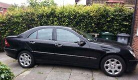 Excellent Mercedes-Benz C Class 2.1 C220 CDI ELEGANCE SE 4dr SALOON