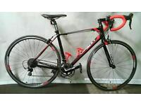 Giant Defy M/L in Excellent Condition with Extras