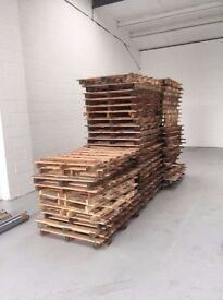 Mitcham - Wooden Pallets *FREE* Timber Good and Broken *FREE* Fire Wood
