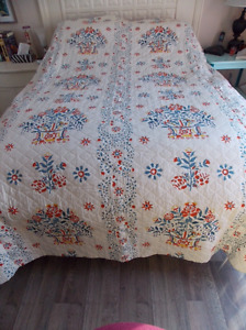 Waverly Bed Spread/Quilt and Curtains