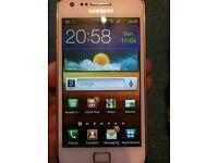 Samsung Galaxy S2 UNLOCKED 16GB Smartphone in Perfect Working Order