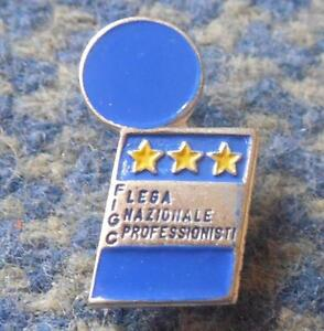 ITALY FUSSBALL FOOTBALL SOCCER FEDERATION ITALY PROFESSIONAL LEAGUE PIN BADGE - <span itemprop='availableAtOrFrom'>Wroclaw, Polska</span> - ITALY FUSSBALL FOOTBALL SOCCER FEDERATION ITALY PROFESSIONAL LEAGUE PIN BADGE - Wroclaw, Polska