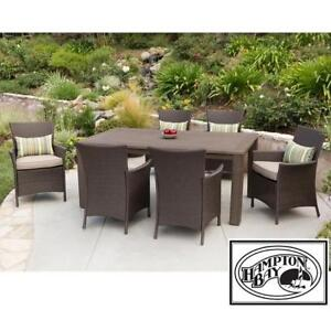 NEW* TACANA 7 PC WICKER DINING SET FRS50421HP-ST 189416039 HAMPTON BAY ESPRESSO BEIGE CUSHIONS TABLE  CHAIR