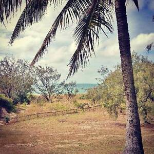 1 x bedroom furnished beachfront unit for rent in Mackay Bucasia Mackay City Preview