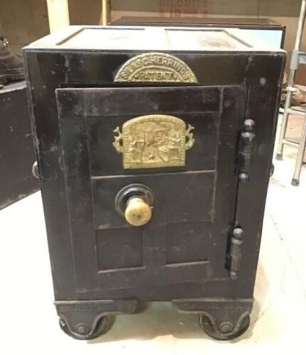 Silas C. Herring Safe with Fish Plate 1852 Patent Fireproof RARE Working Safe!!