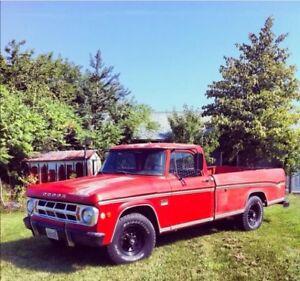 1969 Dodge D200 Camper Special Sweptline Pickup