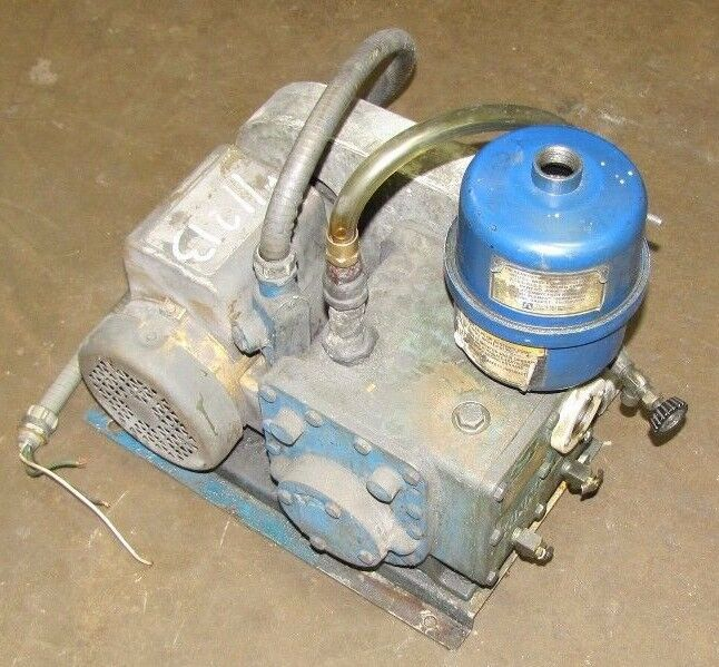 TUTHILL KINNEY KC-5 KC5 802497 TWO STAGE ROTARY PISTON VACUUM PUMP