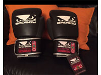 BRAND NEW BADBOY 16oz GLOVES with Tag