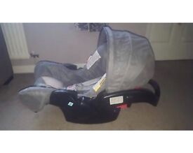 Graco grey infant baby carseat