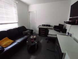 Unique opportunity to rent two rooms together in shared house-lounge,b'room ensuite