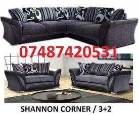 LUXURY LARGE DFS CORNER OR 3+2 SOFA £369
