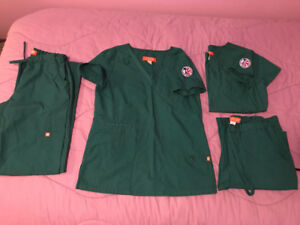 Hunter Green Loyalist College RPN Scrubs