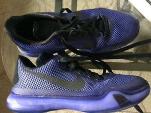 NIKE SHOES - SIZE US 7 and 8