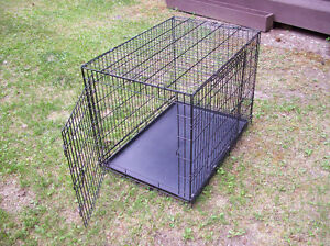one large dog kennel