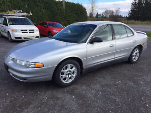 2002 Oldsmobile Intrigue 4 PNEUS HIVER SUR RIMS