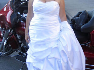 Beautiful dress Kitchener / Waterloo Kitchener Area image 4
