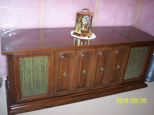 Cabinet Stereo and Radio