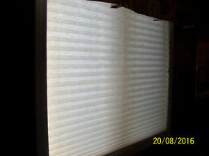 accordion style blinds