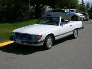 1986 Mercedes 560SL Convertible