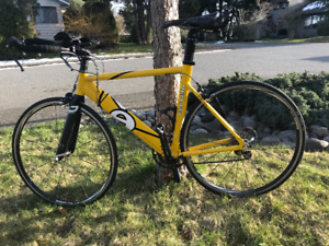 Triathlon Bike Cervelo P2 Like New - Vancouver Island.