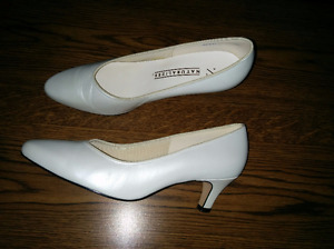 Pearlized White Simple Wedding Pumps - very comfortable