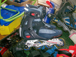 W.ROLLER BLADES SIZE 9,3 LIFE JACKETS.,AND MORE