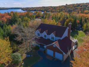 EXCEPTIONAL HOME IN BROOKSIDE