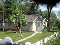 2 Bedroom Bungalow in Rural Area SW of Calgary