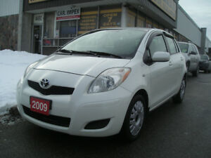 2009 Toyota Yaris 4 door with NAVIGATION Hatchback
