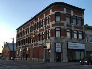 Spacious Two Bedroom Apartment in the Heart of Downtown Pembroke