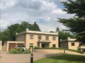5 bedroom house in Duchess Crescent, Stanmore, HA7
