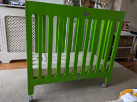Bloom mini cot