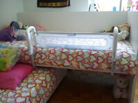 BED RAIL safety 1st.