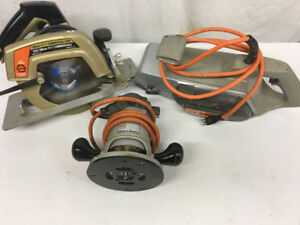 LOT: Black & Decker B&D Sander  Commercial Saw
