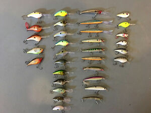 Selling assorted crankbaits and jerkbaits