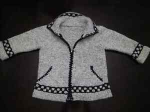 Hand knit wool sweater - approx size 4T