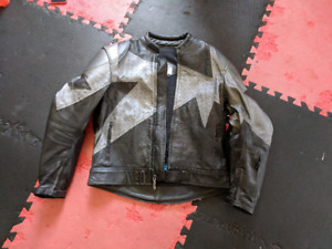 Teknic Motorcycle Jacket Size 46 (LG) Black and Silver