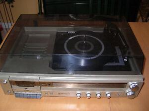 Vintage Hitachi AM/FM Stereo Cassette SDT-9330