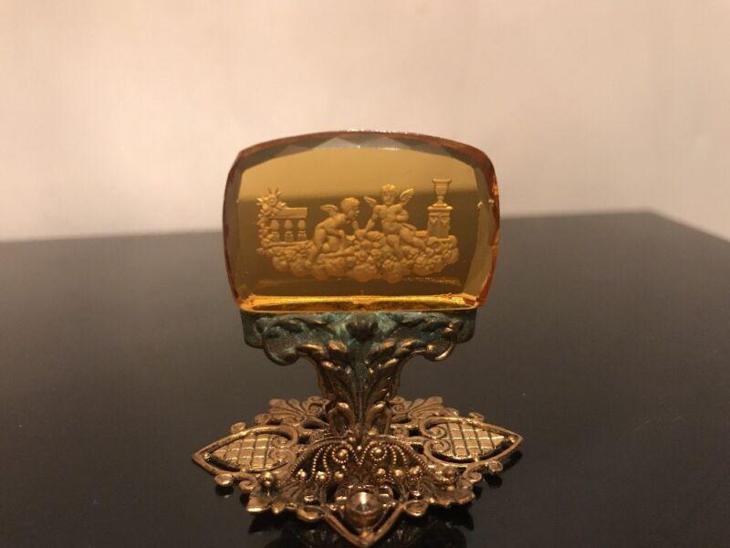Antique Art Deco Czech Amber Glass Intaglio Place Card Holder